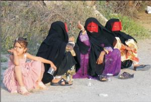 Auch im Iran ist die Verstümmelung von Mädchen weit verbreitet: Im Norden ist jede zweite Frau betroffen, in südlichen Regionen sind über 80% der Frauen Opfer dieser Gewalt.